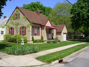 Single Family House in Lansing