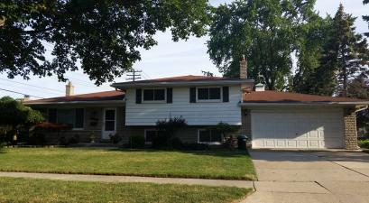 Single Family House in St Clair Shores