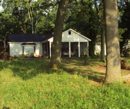Single Family House Sale Pending in Paw Paw Michigan