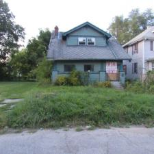 Single Family House in Flint