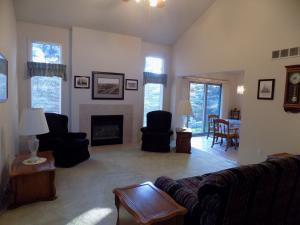 Single Family House For Sale in Canton Michigan